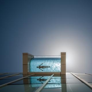 抓緊暑假尾巴!這些酒店的游泳池絕對讓你玩到不想回家!
