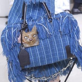 設計師都愛貓?時裝週中的貓咪身影