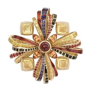 文藝復興下的珠寶特色 古典對稱與華麗造型