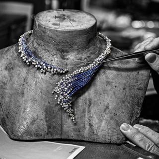 回歸自然!新藝術時期珠寶工藝美學