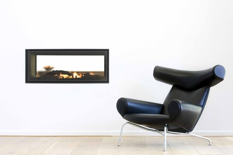 丹麥設計巨匠Hans J. Wegner主動連絡Erik Jørgensen,再現其於1960年代設計的Ox Chair。