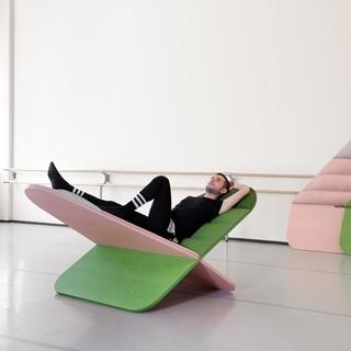 對,這是把躺椅,就是要讓你偷閒曬曬白日夢