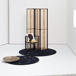 Loewe帶著老鼠去參加米蘭傢俱展