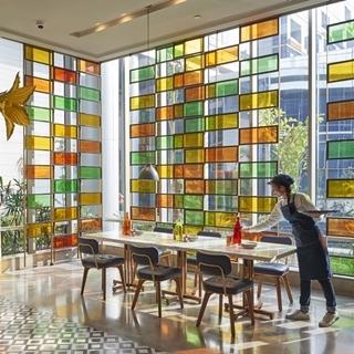 世上最高級機場酒店!401種客製化行程任君挑選