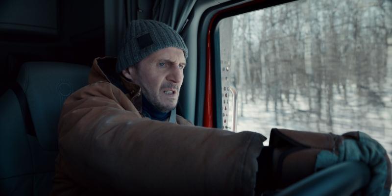 「地表最強老爸」連恩尼遜再出任務!《疾凍救援》冰路實地取景,表演難度再他創演藝生...