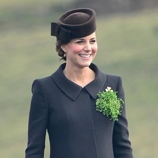 英倫典雅模範:凱特王妃的孕媽咪穿衣哲學