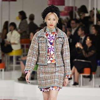 Chanel 2015/16早春渡假系列服裝秀