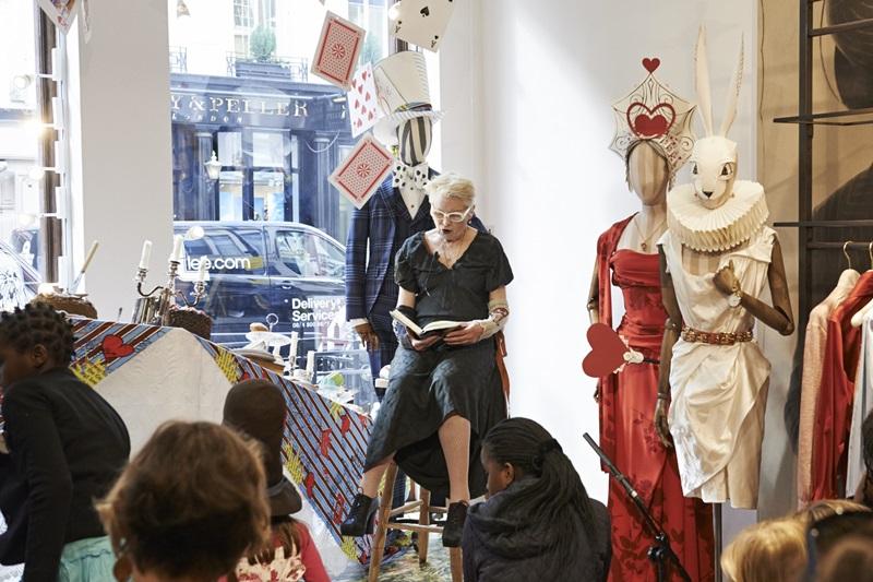 一起來Vivienne Westwood《愛麗絲夢遊仙境》午茶派對