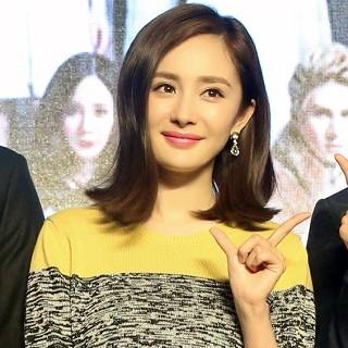 楊冪佩戴美鑽閃耀出席《小時代4:靈魂盡頭》全球首映