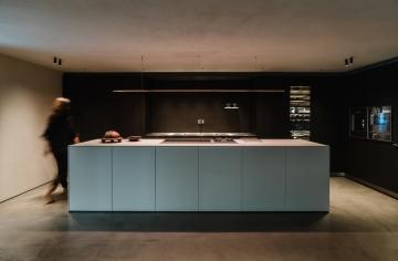 走趟巴塞隆納概念店 觸碰溫暖柔和的bulthaup廚具設計