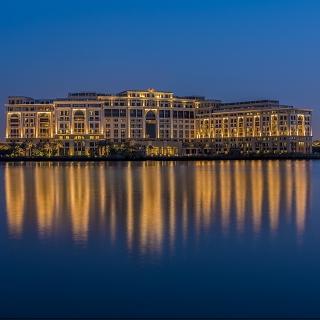 杜拜精品酒店 尊享義式風情
